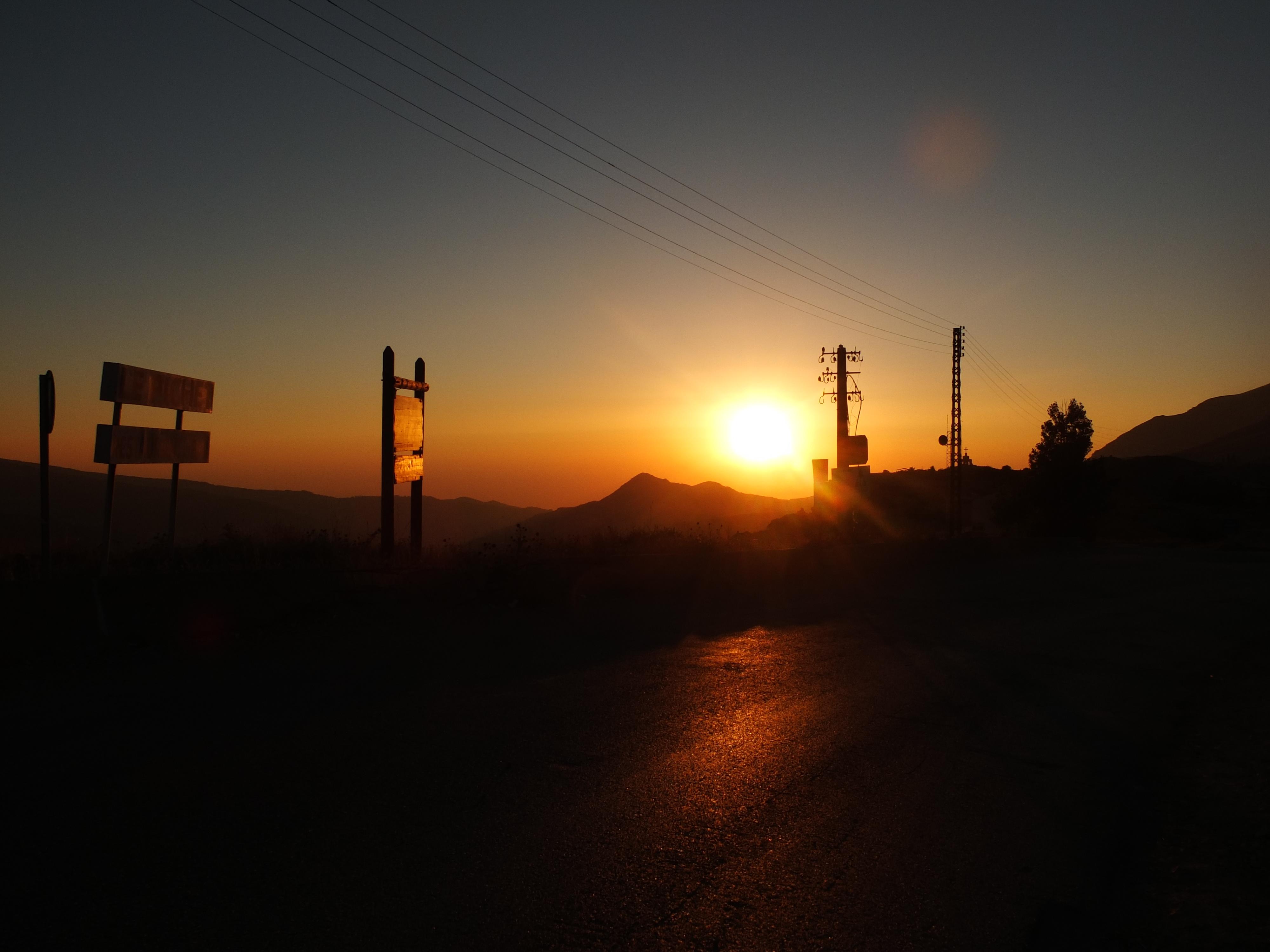 coucher de soleil sur la vallée de la Kadicha